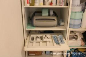 Ferri e attrezzi sterilizzati dal podologo Skorupska di Fiumicino